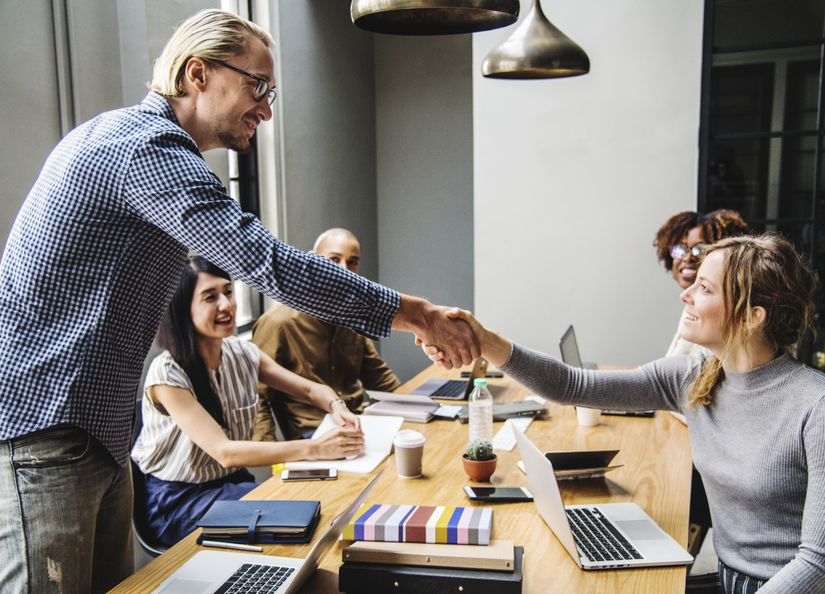 Boosting Team Spirit: 5 Ways You Can Create a Positive Workplace Culture